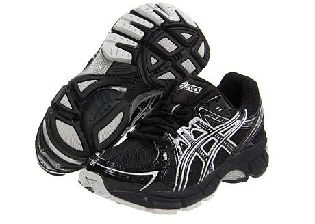 asics black shoes