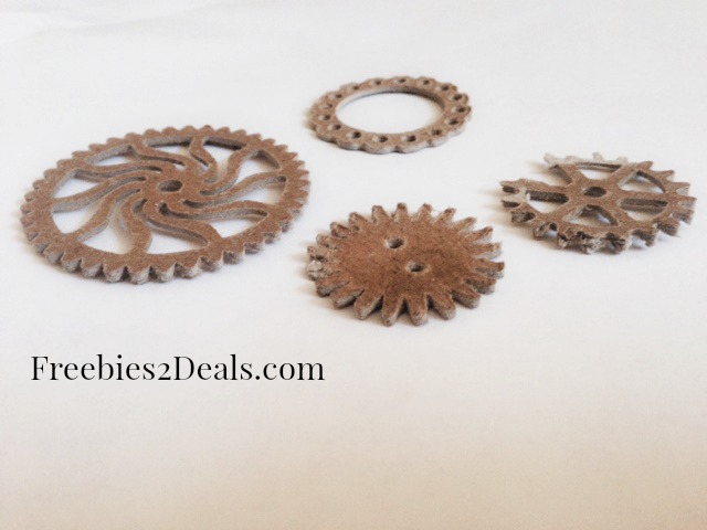 how to make gear necklace