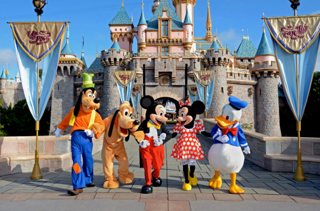 places to hook up at disneyland