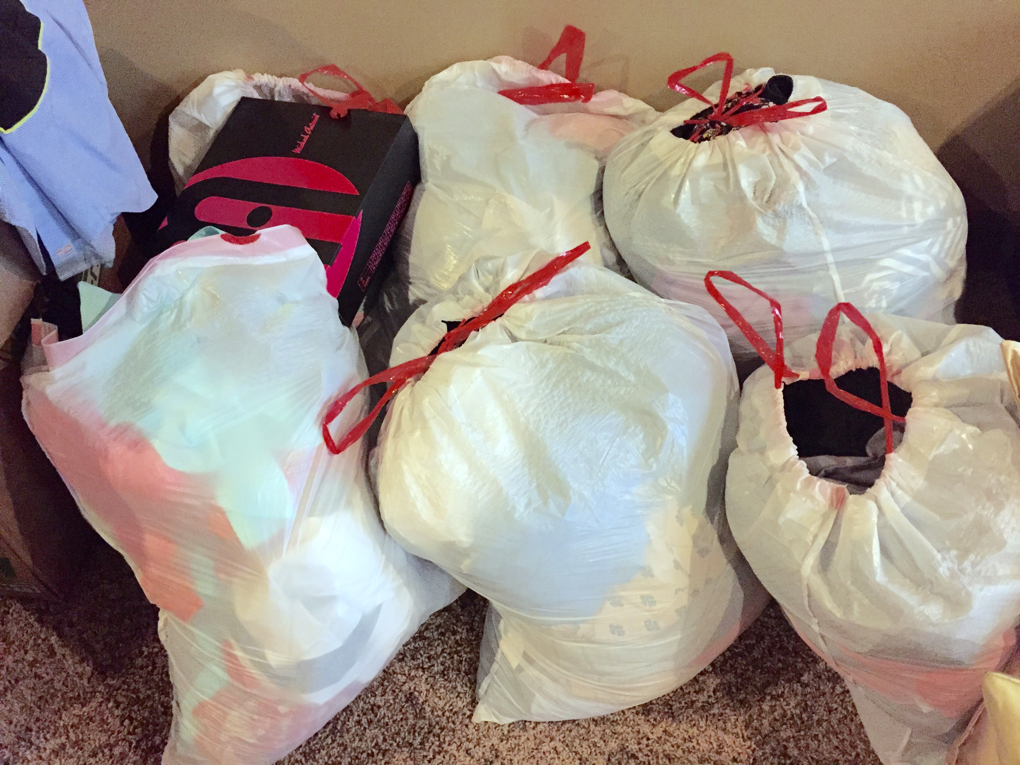 How To Clean Out Your Closet how to clean out your closet and make some cash!! - freebies2deals