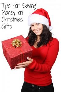 saving money on christmas gifts